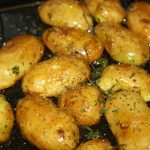 Frühkartoffeln mit Thymian